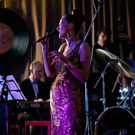 """Singing in Perm """"Fort Grand"""" jazz club with Anton Zoobarev and Alexandr Bulatov"""