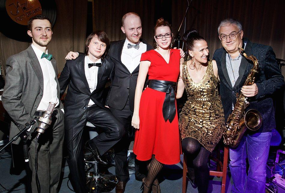 "At ""Fort Grand"" jazz club with Kirill Kirpitchov, Alexander Bulatov, Anton Zoobarev, Mary, me and Vlad Leibov"